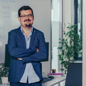 Dr. Pablo Rodríguez-Sánchez